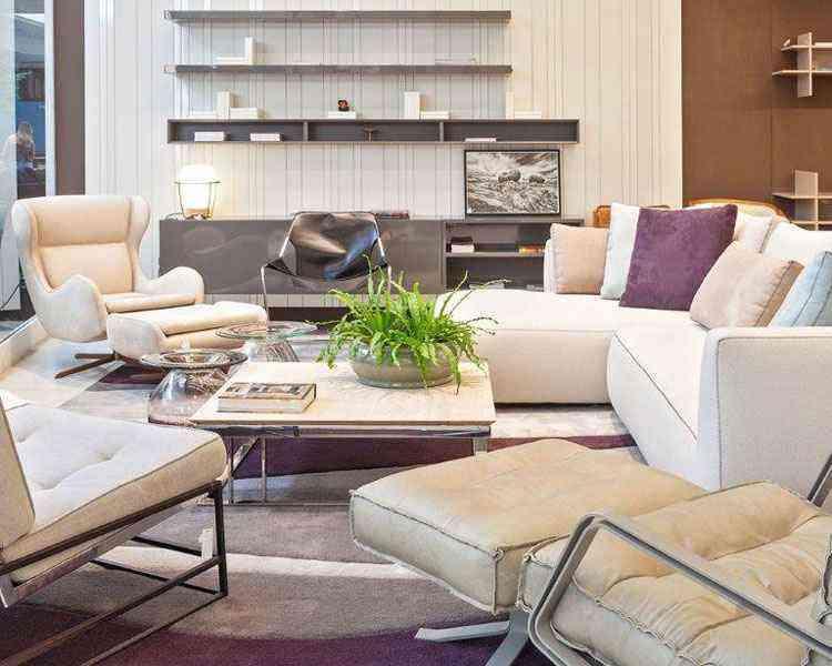 Peças modernas contrastam com clássicas, deixando o ambiente elegante - Henrique Queiroga/Divulgação