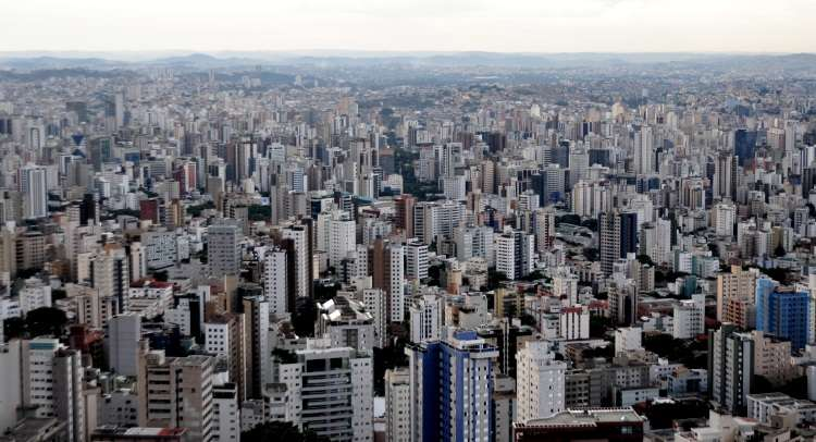 A construção civil busca alternativas, como cotizar projetos, para voltar a crescer  - Gladyston Rodrigues/EM/D.A Press