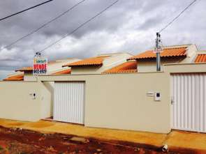 Casa, 2 Quartos, 2 Vagas, 1 Suite
