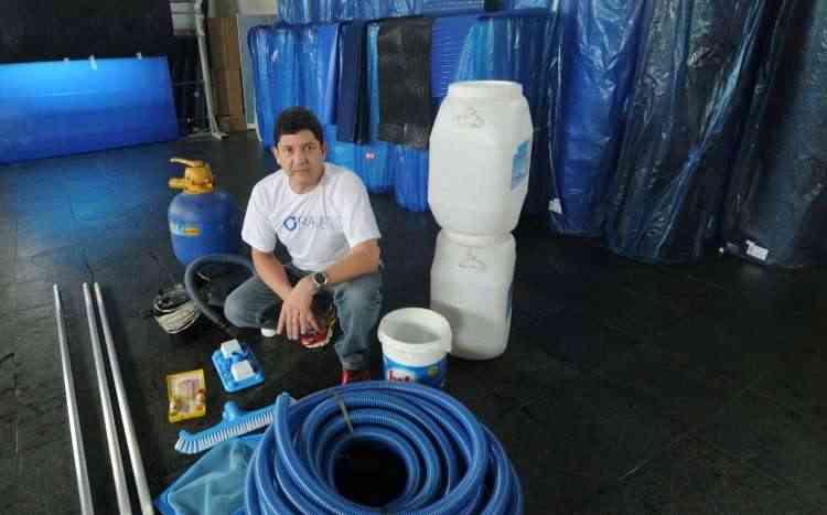 Nelson Raia, diretor da Raia1 Piscinas, diz que a qualidade da água deve ser avaliada com frequência - Jair Amaral/EM/D.A Press - 7/6/16