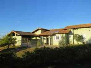 Casa em Condomínio, 4 Quartos, 1 Vaga, 1 Suite