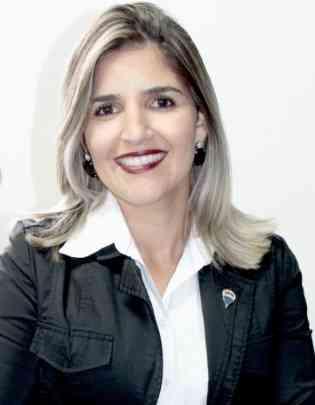 Camila Bernardes, diretora-regional da RE/MAX BH e Regiões, destaca a importância de profissionalização de corretores da área - Remax/Divulgação
