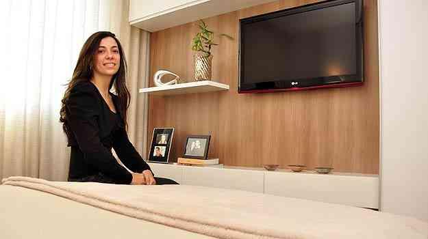 A arquiteta Natacha Nascif diz que o formato de cama mais procurado atualmente é a queen box, por ter boa relação custo/benefício e fácil adaptação em vários ambientes - Eduardo Almeida/RA Studio