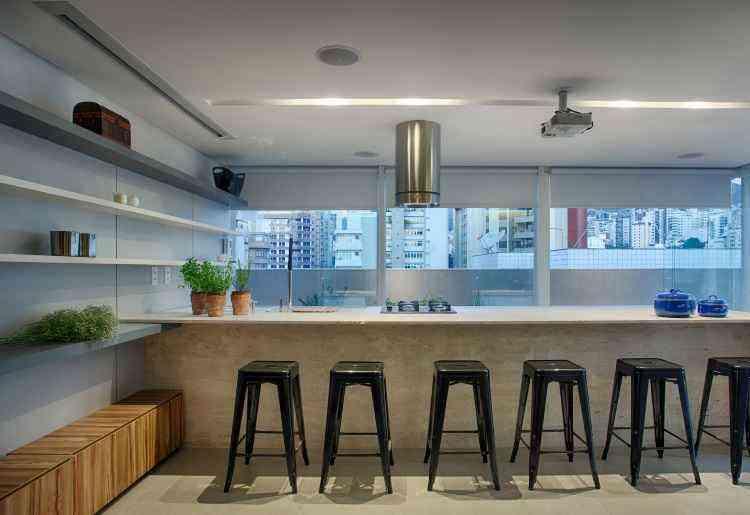 Em espaços grandes, é possível criar ambientes próprios para festejar - Gustavo Xavier/Divulgação