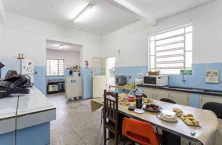 A cozinha e a copa antigas vão ganhar novos ares nas mãos da designer Fabiano Visacro - Osvaldo Castro/Divulgação