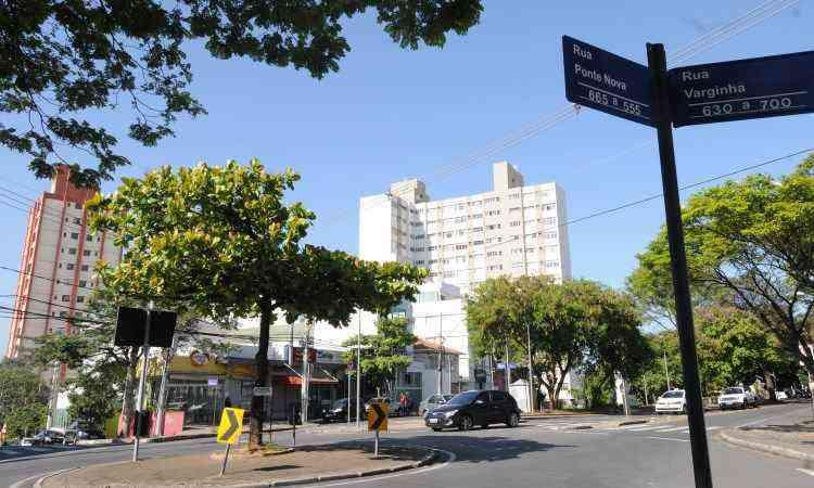 Colégio Batista tem ruas tranquilas, praças e prédios com bom acabamento  - Jair Amaral/EM/D.A Press