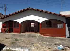 Casa, 2 Quartos, 1 Vaga para alugar em Vila Redenção, Goiânia, GO valor de R$ 850,00 no Lugar Certo