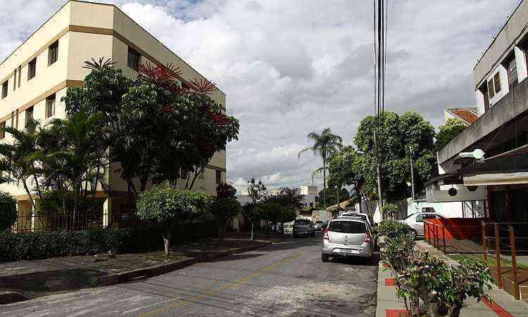 A maioria das residências dispõe de três quartos, com suítes e vagas de garagem, a preços competitivos - Rodrigo Clemente/EM/D.A Press
