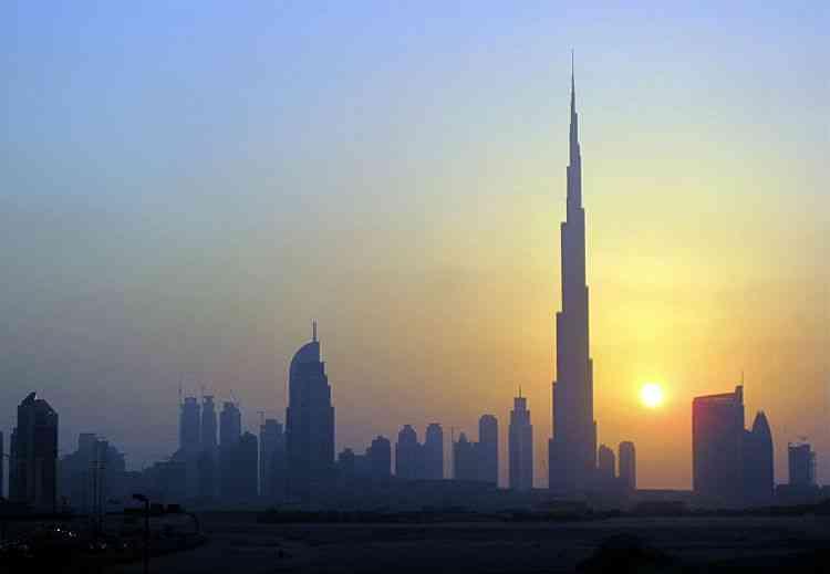 Burj Khalifa, em Dubai - Mosab Omar/REUTERS-5/10/10