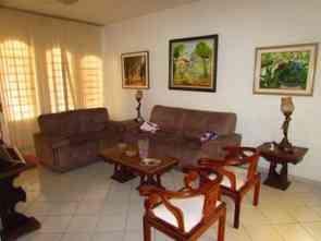 Casa em Condomínio, 5 Quartos, 3 Vagas