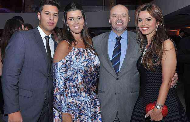 Guilherme Nunes, Ana Victória Nunes, Ricardo Nunes e Juliana Nunes. Todos os integrantes da família trabalham na RC Nunes - Divulgação