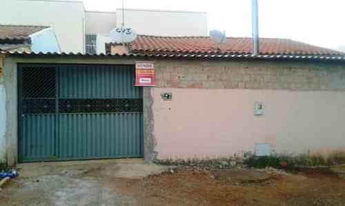 Casa, 2 Quartos, 2 Vagas