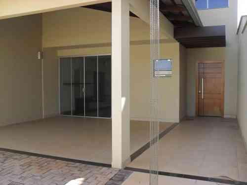 Casa, 3 Quartos, 2 Vagas, 3 Suites