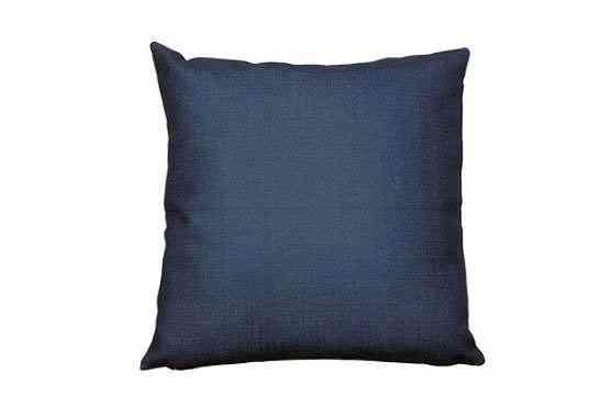Capa para almofada em linho azul, Westwing (R$ 69,90) - Divulgação/Westwing