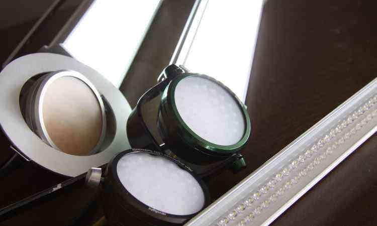 Lâmpadas de LED consomem 9 watts em média: economia a longo prazo - Gladyston Rodrigues/EM/D.A Press