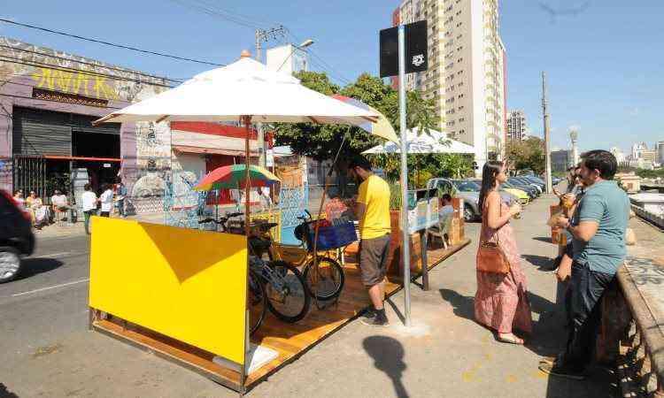 Idealizado por grupo cultural, varanda da Rua Sapucaí tem vista para a Praça da Estação e o Centro - Jair Amaral/EM/D.A Press
