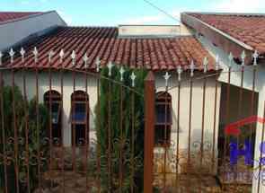 Casa, 3 Quartos, 1 Vaga, 1 Suite para alugar em Conjunto Parigot de Souza 1, Londrina, PR valor de R$ 800,00 no Lugar Certo