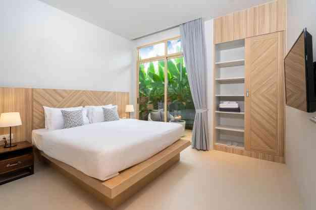 Modelo de quarto de casal pequeno - Freepik