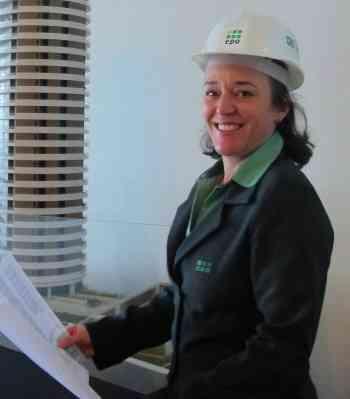 Márcia Santos, gestora de Obras do Grupo EPO, foi a responsável por coordenar a construção do Residencial Terra, entregue recentemente, no Vale do Sereno, em Nova Lima, na RMBH  - Divulgação/EPO