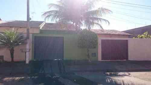 Casa, 3 Quartos, 1 Vaga, 1 Suite