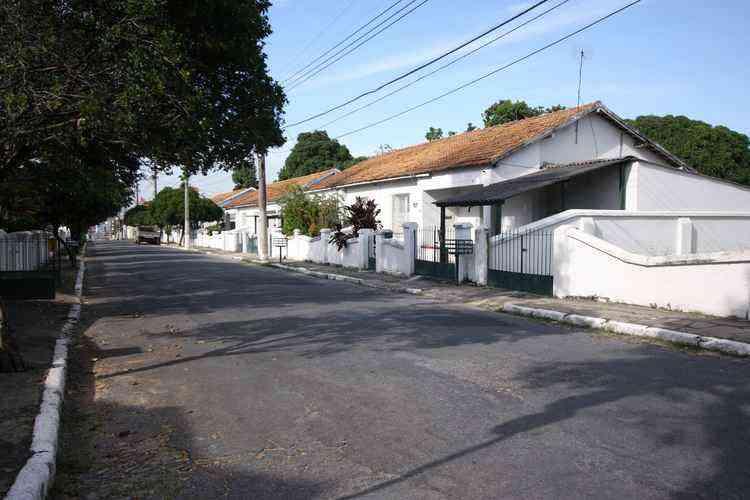 Vila Militar, na Rua Jurema, é uma das referências no Bairro da Graça - Edésio Ferreira/EM/D.A Press