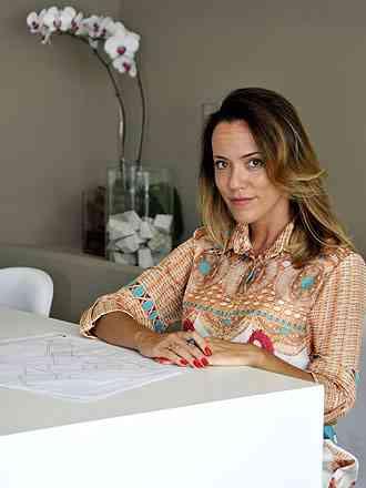A arquiteta Estela Netto sugere fazer o projeto para otimizar gastos - Ramon Lisboa/EM/D.A Press