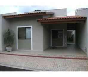 Casa em Condomínio, 3 Quartos, 1 Vaga, 1 Suite