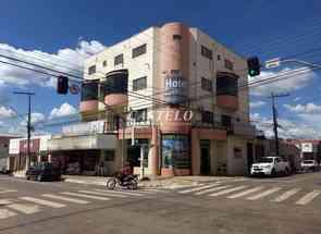 Casa Comercial, 28 Quartos em Rua Rocha Lima, Centro, Trindade, GO valor de R$ 3.990.000,00 no Lugar Certo