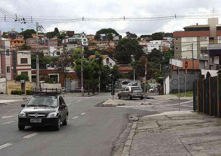 Bairro tem acesso facilitado por vias como as avenidas Cristiano Machado, Antônio Carlos e Carlos Luz - Rodrigo Clemente/EM/D.A Press