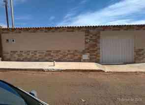 Casa, 2 Quartos, 3 Vagas, 1 Suite para alugar em Rua Manuel Silva Qd.27 Lote 05, Vila Regina, Goiânia, GO valor de R$ 950,00 no Lugar Certo
