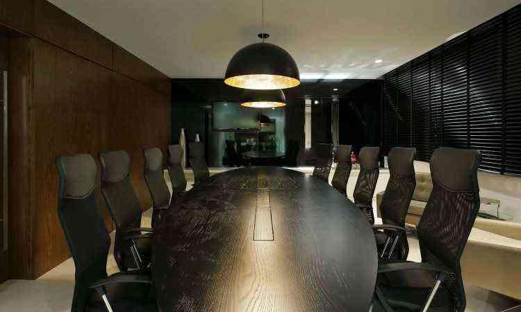 Entre os fatores a serem estudados pelos profissionais estão iluminação, ventilação e acústica do ambiente - Gustavo Xavier/Divulgação Lider Interiores