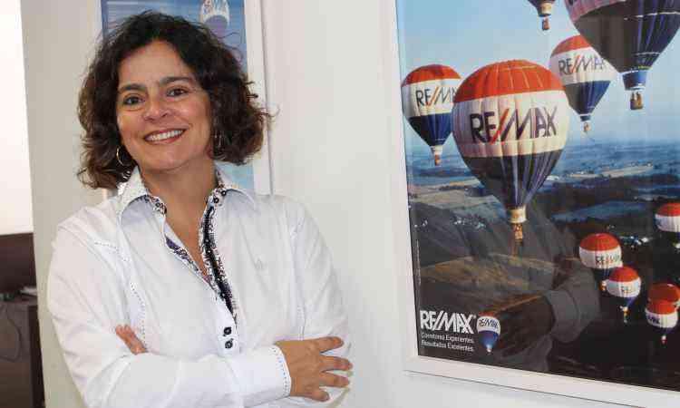 A top producer Sandra Câmara não revela números, mas adianta que realizou sete grandes negociações - RE/MAX MG/Divulgação