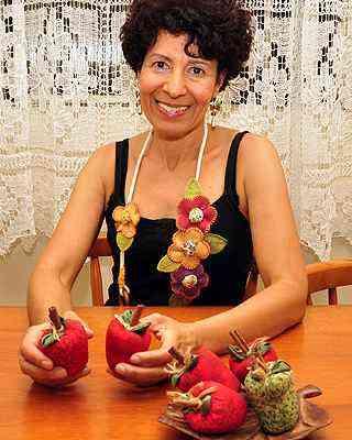 Resgate da arte centenária do fuxico ocorreu nos anos 1970, segundo a artesã Silvana Aparecida Alves - Eduardo Almeida/RA Studio
