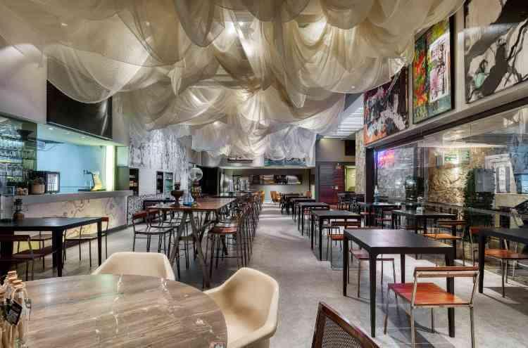 Arquitetura em movimento: restaurante itinerante em BH convida ao convívio com segurança