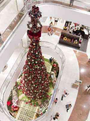 Vão central do BH Shopping exibe árvore com mais de 13 metros erguida sobre gazebo - Divulgação/BH Shopping