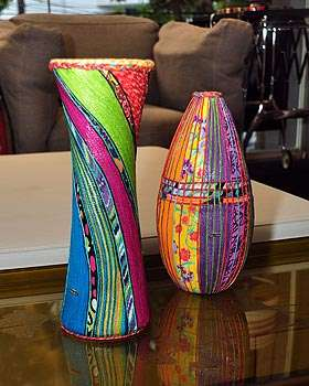 Vasos e peças de cerâmica são bons aliados do estilo na composição dentro de casa - Eduardo de Almeida/RA Studio