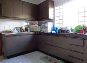 Casa, 3 Quartos, 4 Vagas, 1 Suite para alugar em Cardoso, Aparecida de Goiânia, GO valor de R$ 1.700,00 no Lugar Certo
