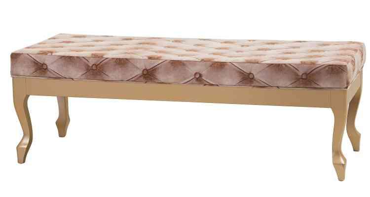 Texturas diversificadas conferem sofisticação ao sofá, deixando-o como o detalhe mais imponente da sala  - Lider Interiores/Divulgação