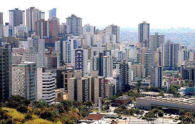 Imóveis residenciais no Buritis têm o preço do metro quadrado variando de R$ 3,5 mil a R$ 7 mil - Cristina Horta/EM/D.A Press - 11/8/14