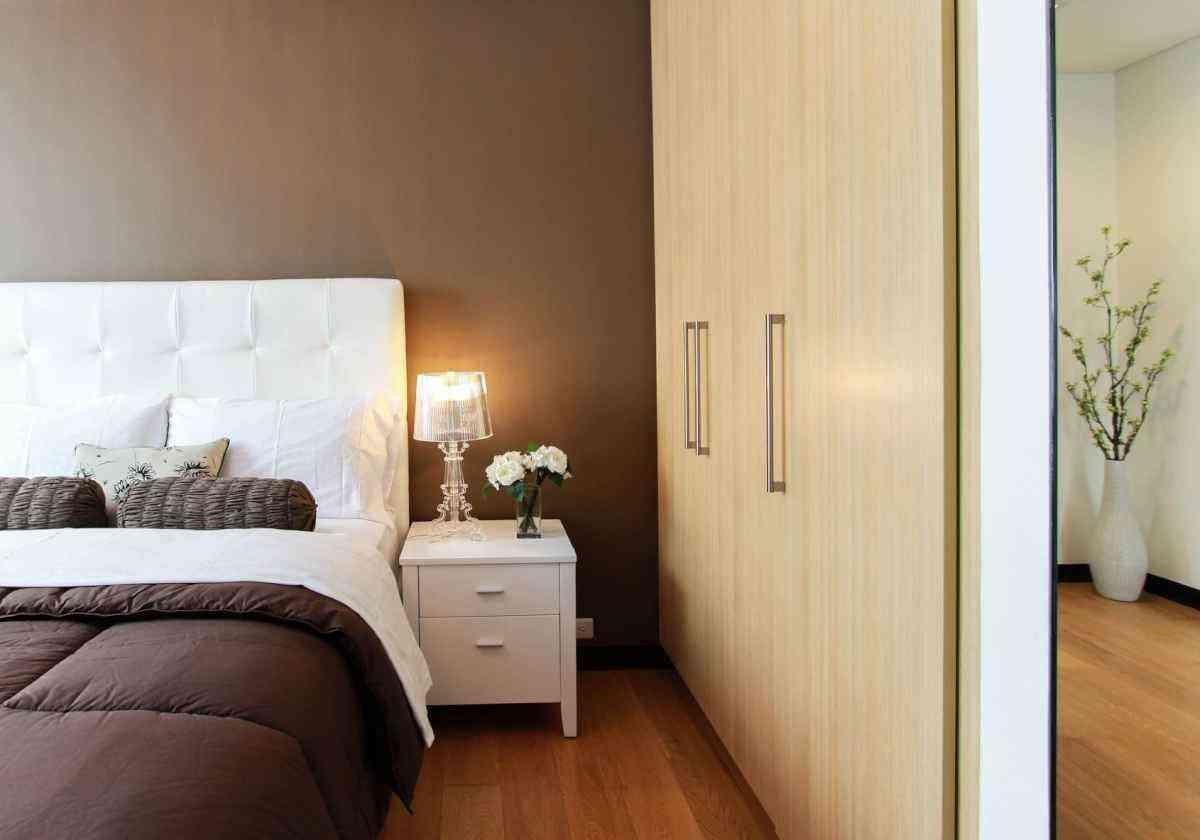 Modelo de quarto pequeno - Freepik