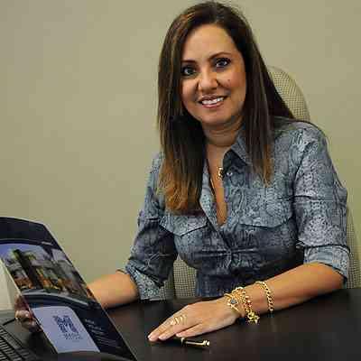 Cassia Ximenes, vice-presidente da CMI/Secovi, diz que o maior volume ofertado é de imóveis de dois e três quartos - Jair Amaral/EM/D.A Press - 17/12/13