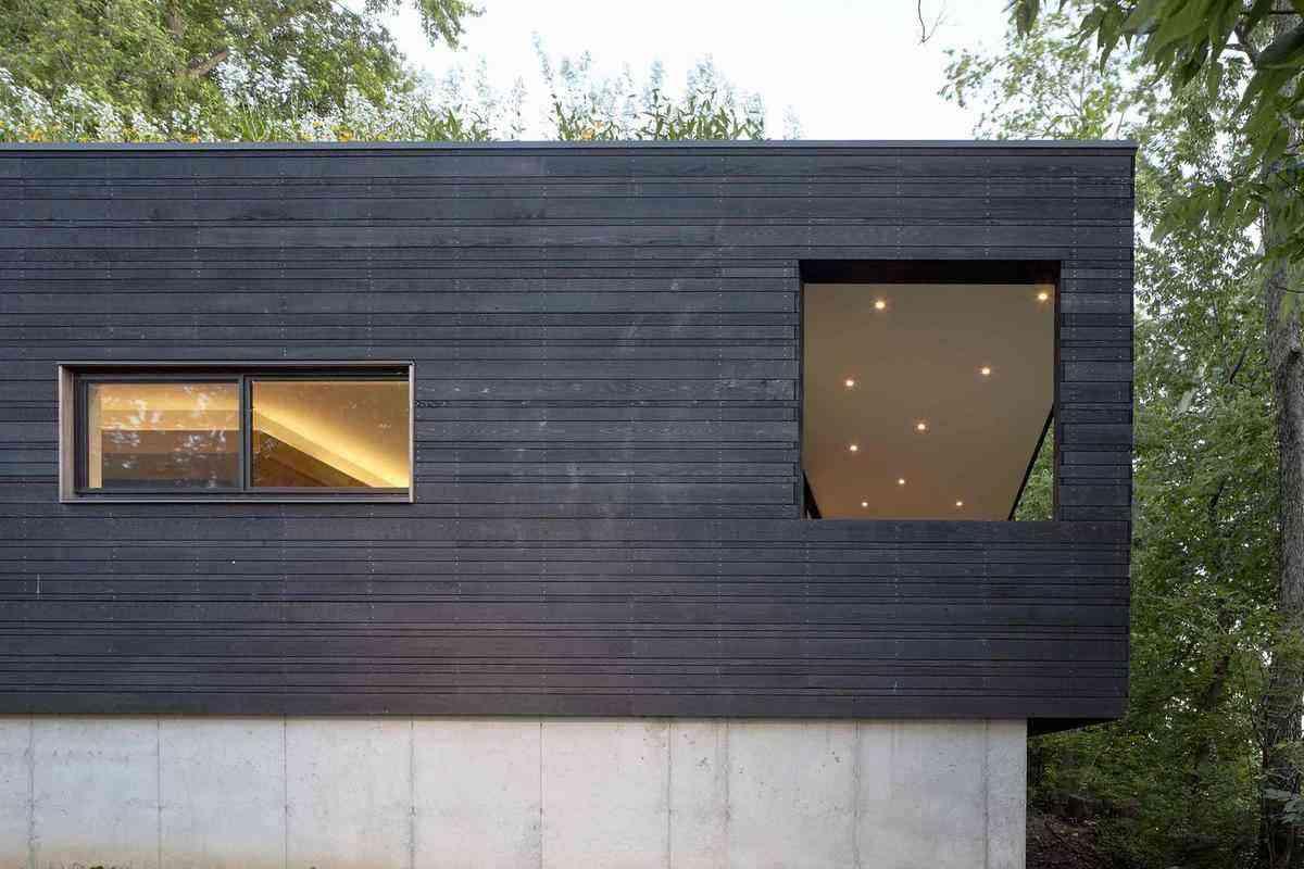 Construção aproveita o contexto de um lugar perto do centro para afirmar sua vitalidade
