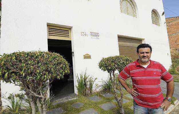O empresário Peter Anderson Impellizieri precisou esperar 14 anos para fazer a escritura da casa onde mora - Jair Amaral/EM/D.A Press