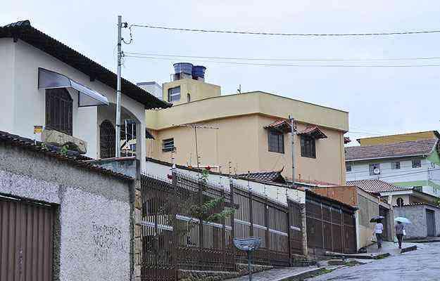 Casas residenciais na região do Bairro Novo Eldorado: regularização de imóveis é mais fácil em Contagem - Maria Tereza Correia/EM/D.A Press - 26/11/13