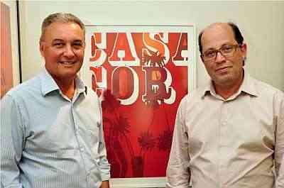 Ernesto Lolato e João Grillo, organizadores: conforto e tecnologia - Eduardo Almeida/RA Studio