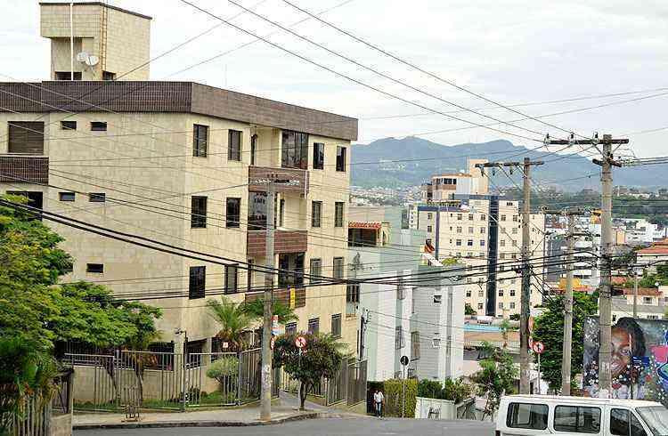 Potencial de valorização no bairro é grande. Apartamentos são avaliados entre R$ 450 mil e R$ 600 mil - Ramon Lisboa/EM/D.A Press