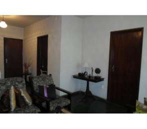 Casa, 4 Quartos, 1 Vaga, 1 Suite