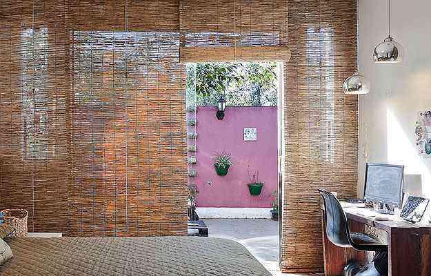Projeto da designer de interiores Fabiana Visacro adaptou um escritório ao quarto - Henrique Queiroga/Divulgação - 26/12/13