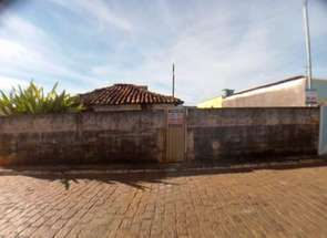 Casa, 2 Quartos, 2 Vagas em Rua Regina Pascoalotti, Centro, Nepomuceno, MG valor de R$ 160.000,00 no Lugar Certo