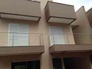 Casa em Condomínio, 3 Quartos, 2 Vagas, 3 Suites